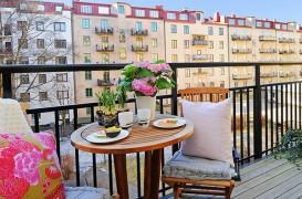 Balcoanele deschise - perfecte pentru vara