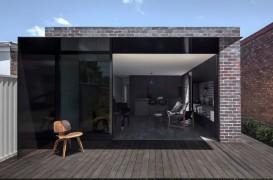 Extindere volumetrica si spatiala pentru o casa traditionala