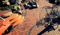 Cum să întreții pardoseala de exterior din terasă Pardoselile exterioare sunt expuse in mod direct si