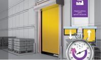 Ușa rapidă pentru exterior Dynaco D-6 cu deschidere în ~1 5 secunde CARACTERISTICI ȘI BENEFICII UȘA