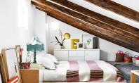 Dormitoare amenajate in spatiile atipice ale mansardelor Este interesant sa observam cum variatia de inaltime poate