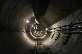 Se apropie marea deschidere a primului tunel construit de Elon Musk