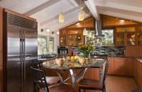 Vara în bucătărie: cum împrospătezi aerul fără să deschizi fereastra?
