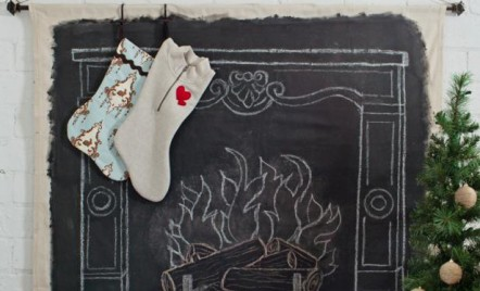 Nicio casa fara sosete festive agatate de semineu - o decoratiune DIY pentru Craciun