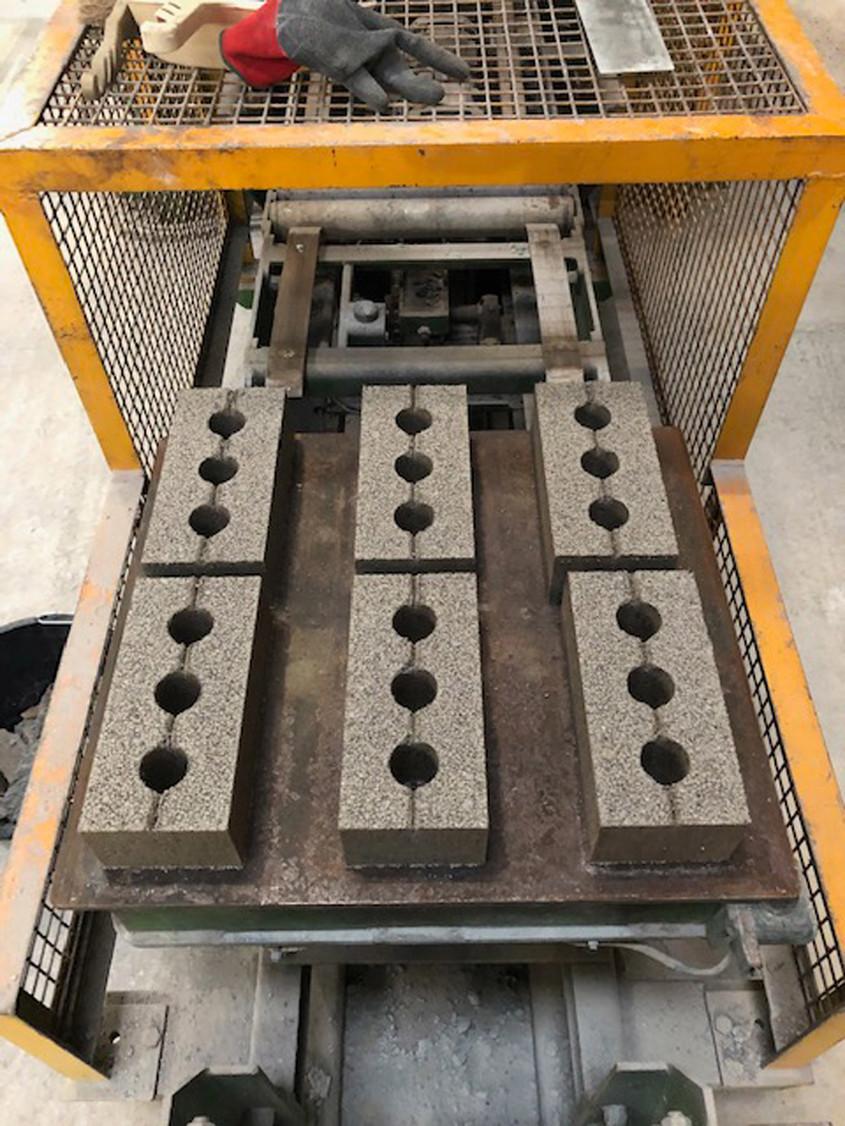 Inovație în construcții: cărămizi făcute din resturile de pe șantier