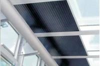 Rulouri orizontale cu  folie și arc pretensionat - recomandate pentru ferestrele înclinate și pentru cele în plan orizontal
