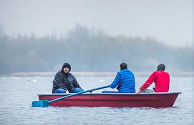 Joy - Barca de pescuit si agrement