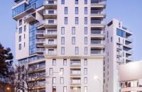 Alukönigstahl România - furnizor de soluții pentru locuințe verzi, certificate de către Romanian Green Building Council  Programul Locuinţe Verzi certificate de RoGBC pregătește industria construcțiilor pentru reglementările UE 2020, privind clădirile cu consum de