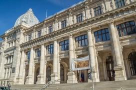 """Concursul international de arhitectura """"Noul Muzeu National de Istorie a Romaniei"""" anulat la un an si"""