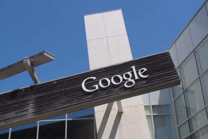 Compania Google va fi alimentată 100% cu energie regenerabilă, până în anul 2018