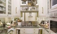 Cum sa aranjam o bucatarie intr-un spatiu restrans Aceasta bucatarie minimala creata de designerul Stephanie Stokes