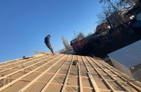 Ce întrebări să-i pui contractantului de acoperiş înainte de a semna un contract?
