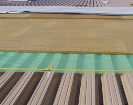 Cum prelungesti durata de viata a acoperisului tip terasa si diminuezi costul facturilor de energie?