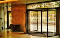 Siatec a livrat ușa rotativă Record-Blasi pentru Unirii View