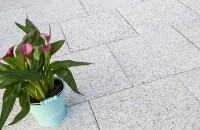 SYMMETRICA: care sunt cele mai dese greseli in intretinerea pavelelor in sezonul rece