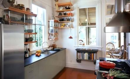 Biblioteca din bucătărie: unde să-ți pui cărțile de bucate și nu numai