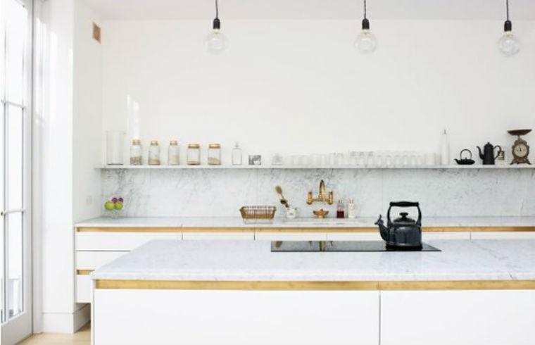 Cateva exemple de bucatarii minimaliste