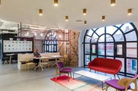 Birouri Google intr-o veche fabrica din Madrid