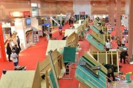 Demonstratii ale montatorilor profesionisti la Construct Expo