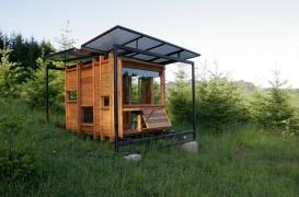 Un studio creat special pentru a susține pasiunea pentru scris și natură