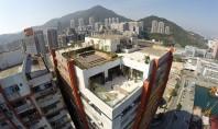 Un vechi depozit devine un nou spatiu de socializare in Hong Kong Acest loft spatios amenajat