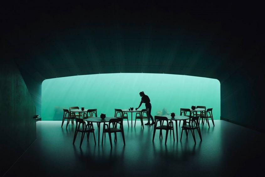 Primul restaurant subacvatic din Europa s-a deschis sub marea învolburată
