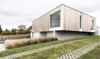 Casa Skilpod se construieste intr-o zi si produce energia de care are nevoie Compania belgiana de