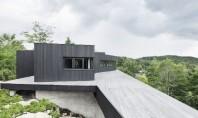 Casa in Quebec construita din materiale reciclate este 100% autonoma O familie din Quebec a ales