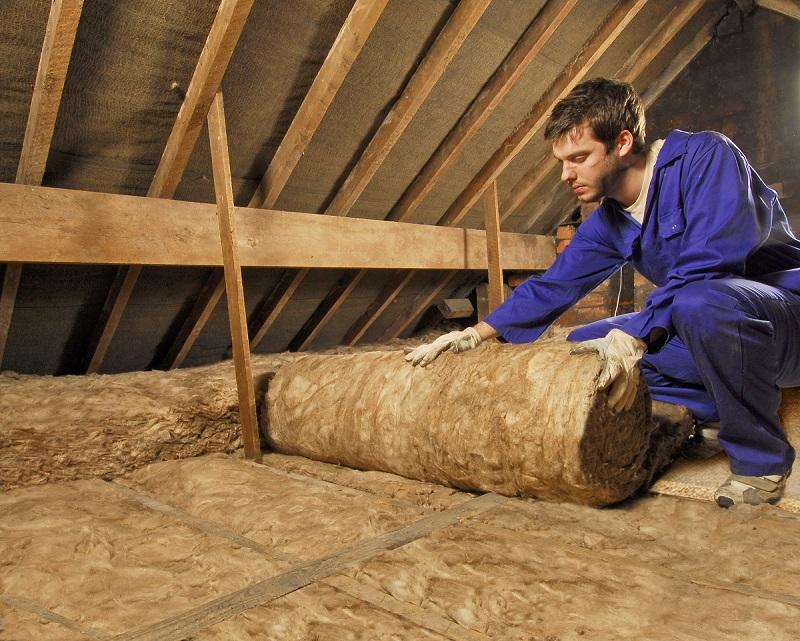 Îți izolezi casa cu vată minerală? Iată care sunt diferențele dintre produsele de pe piață