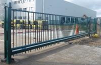 Poarta industriala culisanta DELTA de la HERAS
