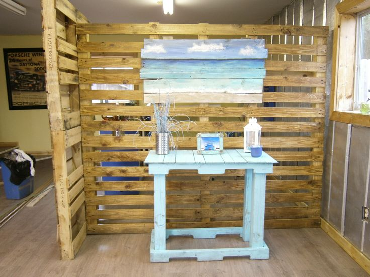 Compartimentare din paleti de lemn