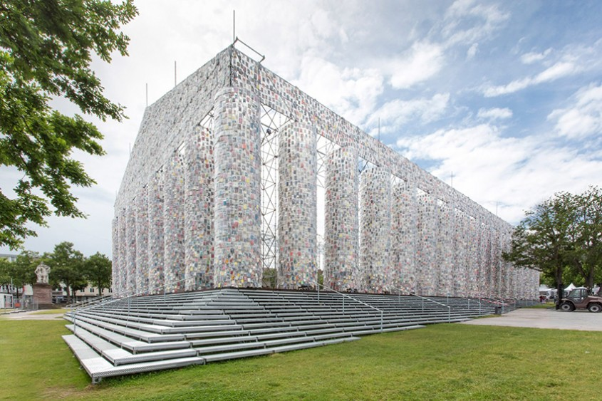 """""""Partenonul Cărților"""", ridicat pe locul unde naziștii au ars mii de cărți interzise"""