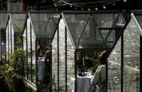 Un restaurant din Amsterdam redefineşte modul în care luăm masa în oraş pe timp de pandemie