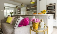 Un apartament retro-modern pentru doua surori cu stiluri diferite Apartamentul are un stil personal in care
