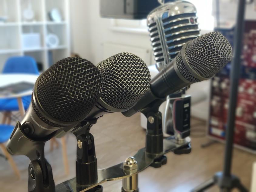 5 soluții pentru a combate fenomenul de feedback (microfonia)