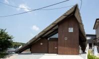 Locuinta pentru trei generatii sub un singur acoperis Aceasta volumetrie fragmentata compune o locuinta din Japonia