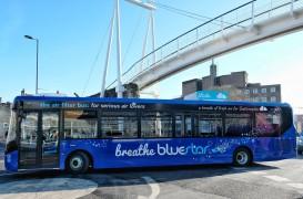 Autobuzele care purifică aerul în timp ce se plimbă pe străzile orașelor