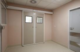 Ușile automate – soluția sigură pentru delimitarea corectă a fluxurilor din spitale