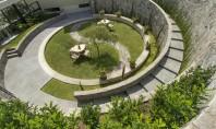 O oaza de vegetatie amenajata intr-o fosta arena In Lima Peru o fosta arena in care