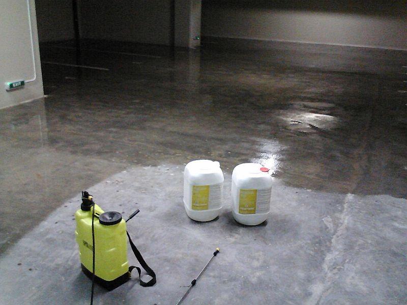 Sigiliu lichid pentru beton - Peneseal Pro