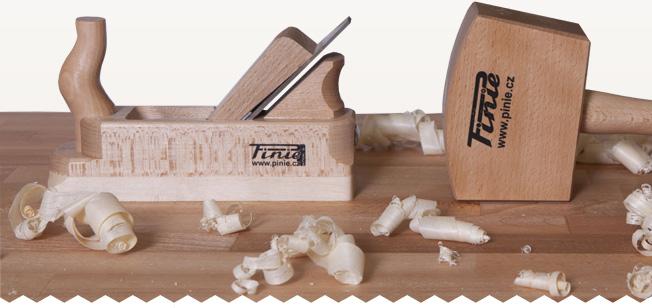 Scule din lemn pentru tâmplărie de la PINIE