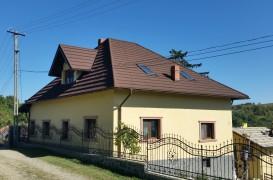 Cum analizezi starea unui acoperiș vechi dupa o furtună sau ploaie abundentă