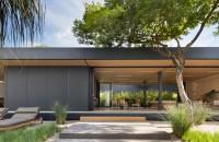 """O casă eco cu tehnologii de vârf care ridică ștacheta pentru locuințele prefabricate In plus, acesta metoda de constructie te fereste de """"surprizele negative"""" care se pot ivi in cazul celor traditionale, sustin arhitectii. Cu o suprafata de"""