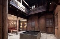 Un han vechi de 300 de ani isi retraieste vremurile de glorie Intr-o miscare inspirata, arhitectii turci de la Anyscale Architecture Design au limitat interventia asupra vechii structuri la cateva modificari subtile,