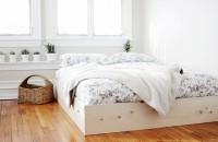 O ramă de pat simplu de făcut, care îți înfrumusețează dormitorul