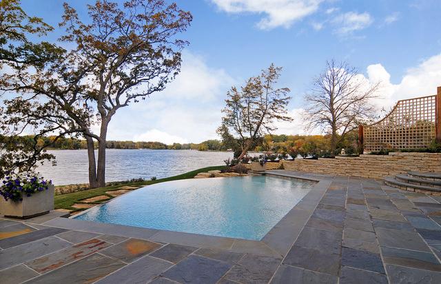 Piatra naturala pentru piscina