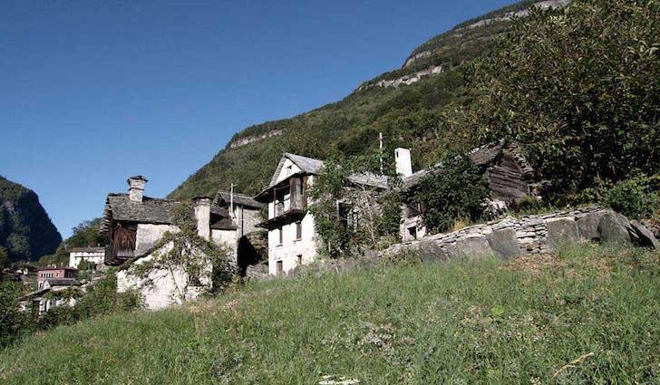 O structura veche de 200 de ani ascunde o casa de vacanta moderna
