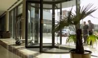Colaborare intre Siatec si lantul hotelier Ramada Intrarea in Ramada Plaza Craiova se face printr-o usa