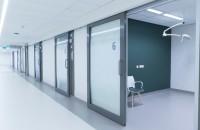 Uşi automate pentru sectorul medical