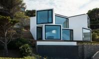 Casa ale carei incaperi sunt orientate dupa soare Echipa de la Cadaval & Sola-Morales Architects a